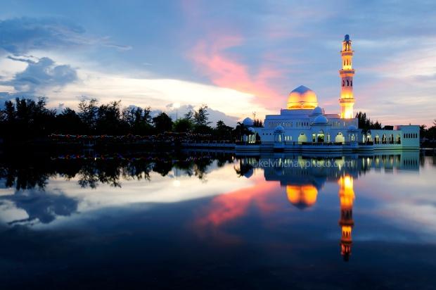 floating mosque kuala terengganu