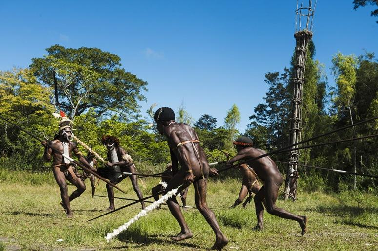 tribal war game