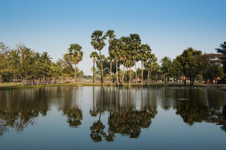 inside of sukhothai park