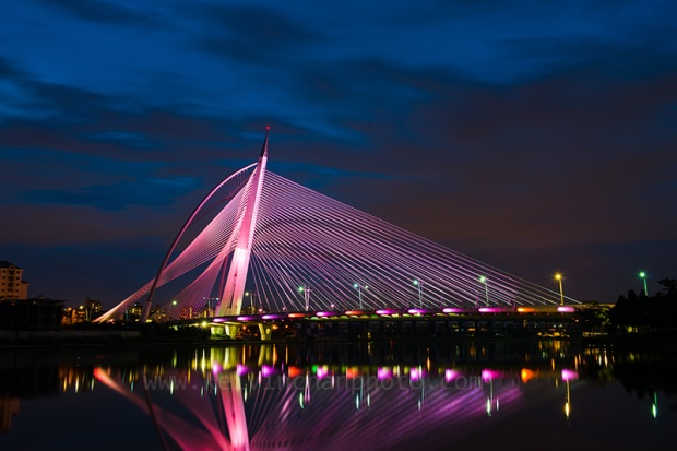 Putrajaya Wawasan Bridge at Night