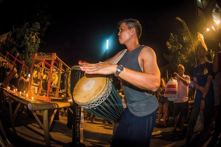 musician performaing during loy krathong in Chiang Mai