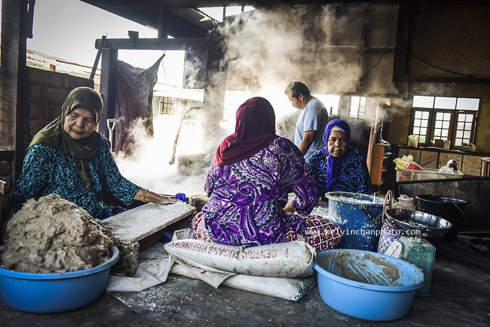 Making fish cracker in Kuala Terengganu, Malaysia
